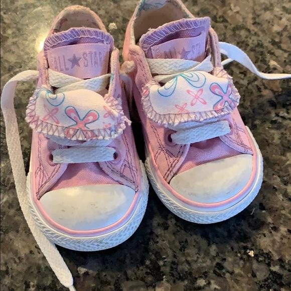 a5facc1d12a6dc EUC baby girl pink converses. Converse. M 5c84265f409c158e378d38a1.  M 5c842662409c15658a8d38d5. M 5c84266dd6dc5201934a97fa